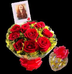 Buquê com 10 rosas personalizado com foto e Cesta de chocolates coraçãozinho