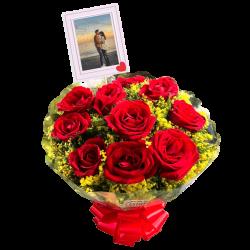 Buquê com 10 rosas personalizado com foto