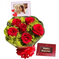 Buquê com 6 rosas naturais personalizado e mensagem de chocolate Cia do Cacau
